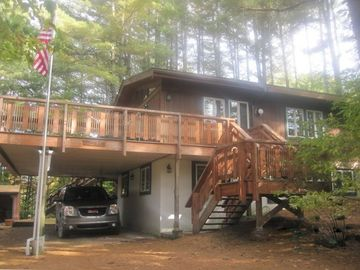 Killington house rental - Room for 2 cars in carport