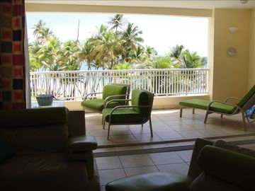 Humacao condo rental - LIVING AND DINING OCEAN VIEW