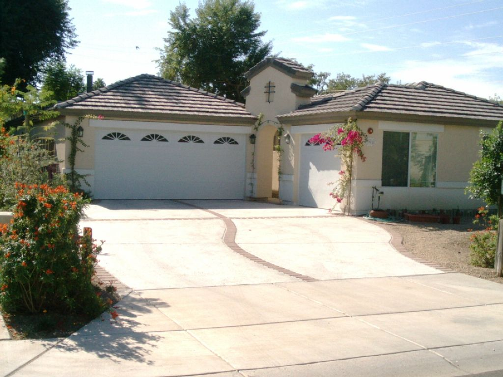 Single Level 1 Bd 1 Ba Stand Alone Home With Vrbo