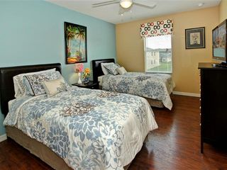 Crystal Cove villa photo - another twin bedroom with 2 twin beds