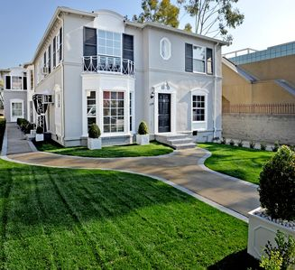 Hollywood studio rental - Front View