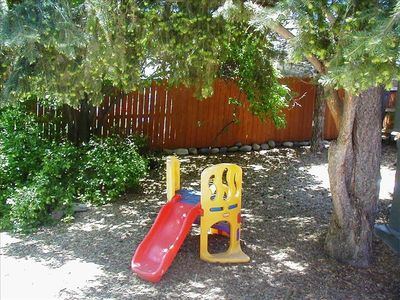 Great back yard for kids and dogs - lots of space to play...