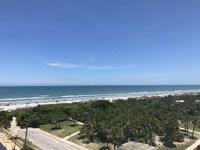BEACH TO RIVER Panoramic views, PENTHOUSE CONDO