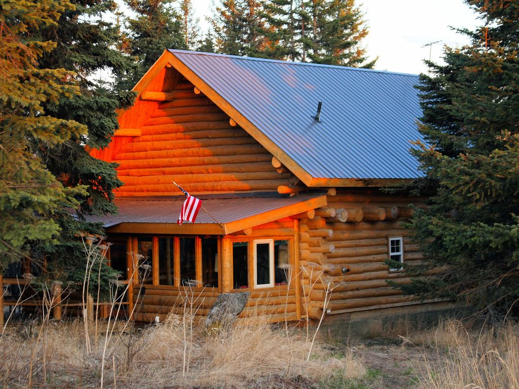 Superb img of Uniquely Alaska Real Log Vacation Home Located on a Natural 14 Acre  with #C53706 color and 1024x768 pixels