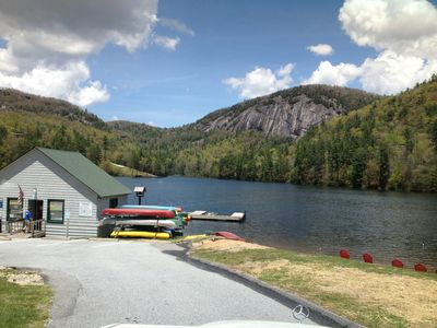 Lake Fairfield, swimming, paddle boating, canoeing, fishing only 400 yards