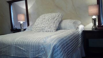 Luxurious bedding in Master Suite