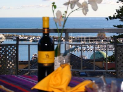 500 m from beaches, sea view terrace, 2 bedrs., dishw., P. Parking,6 Pax, wi-fi