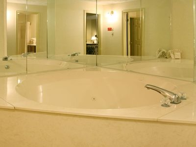Whirlpool in Master suite