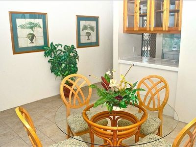 Kahana condo rental - Beautiful Dining Area next to the Living Area Features Seating for 6
