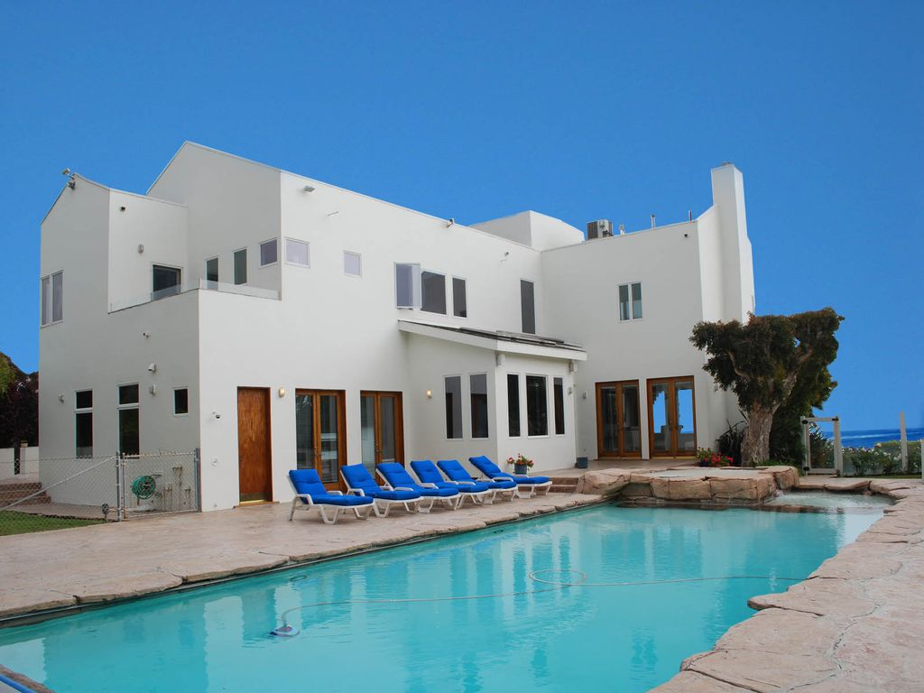 Malibu vacation rentals house rentals homeaway for Malibu house rentals for weddings