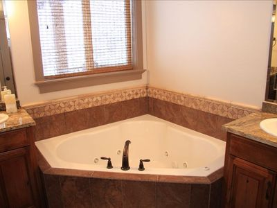 Master Bathroom - Jetted Tub
