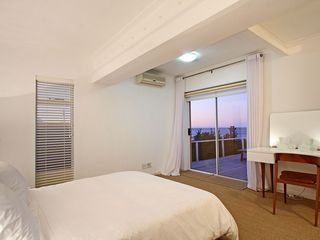 Green Point apartment photo - .