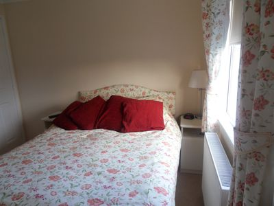Padstow cabin rental - MAIN BEDROOM