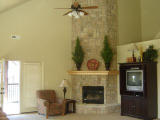 Branson villa photo - Great Room Fire Place Floor to Ceiling, Access to Deck
