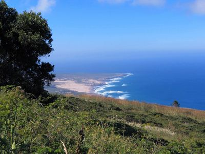 Guincho beach as seen from the Sintra-Cascais National Park: Great for picnics!