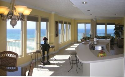 Kitchen-Living Room showing the Gulf views