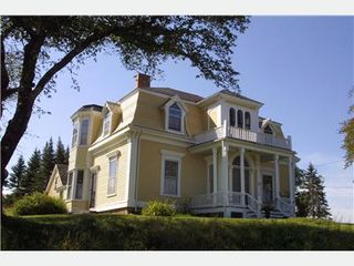 Lunenburg house photo