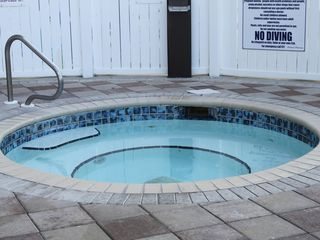 Fort Walton Beach condo photo - Hot tub