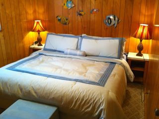 Surfside Beach cottage photo - Master Bedroom- King Size Bed