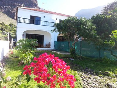 Charming townhouse 100 meters from Playa Calera and overlooking English Mérica