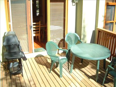 Oversized Deck with Gas Barbeque