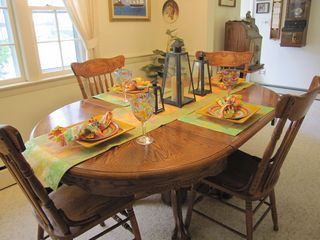 Hyannis - Hyannisport house photo - Dinning room table opens to accomodate 6 comfortably