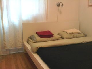 Midtown Manhattan apartment photo - bed 2