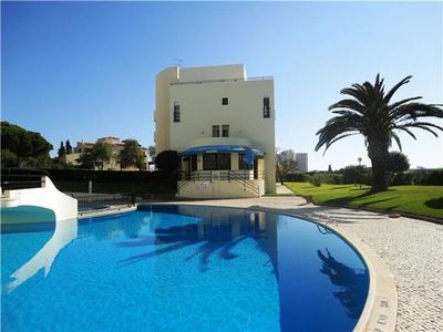 Apartment for 6 people, with swimming pool, in Portimao