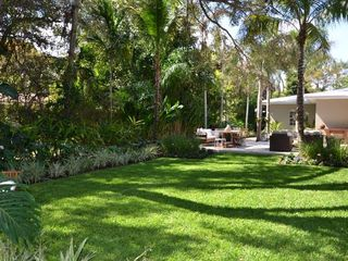 Coral Gables house photo - Beautiful private yard.