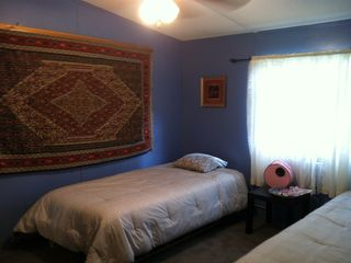 .Main House Bedroom #3 - Twin beds