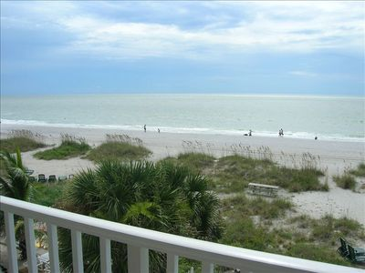 pristine beaches of Indian Rocks Beach are yours to enjoy!