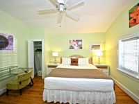Comfortable, dog-friendly studio w/ shared pool, patio & nearby beach access!