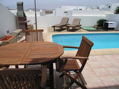 Playa Blanca villa rental - Pool and patio area