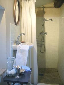 Aigaliers house rental - Bathroom 2