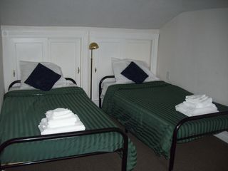 Colonial Beach cottage photo - Two twin beds in the kids sleeping loft on the second floor