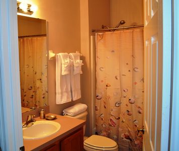 Full bathroom on the main floor. Direct access to guests, or use as en-suite.