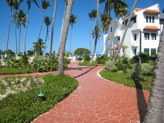 Punta Cana condo photo - Walkway to the Ocean