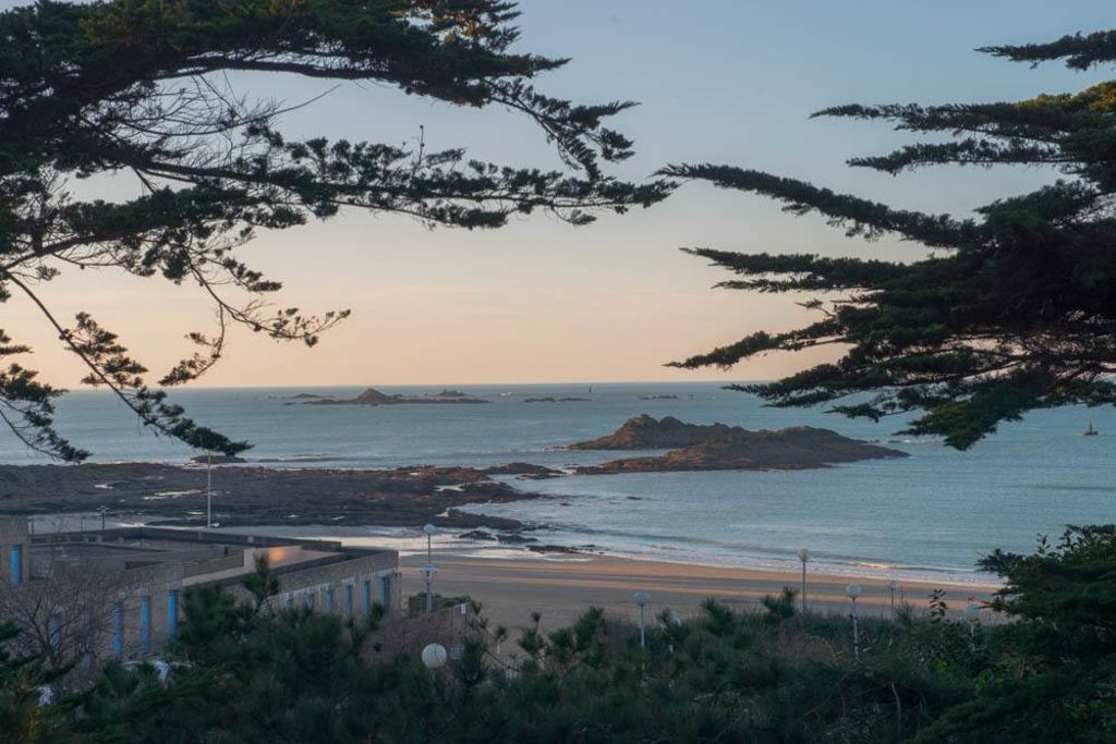 Peaceful accommodation, close to the sea , Dinard