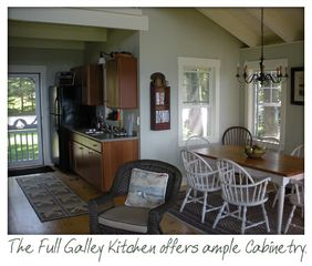 The kitchen/dining areas - Harpswell cottage vacation rental photo