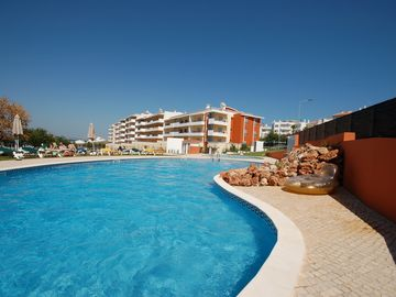 Apartment, Pool, Town & Beach all close by!