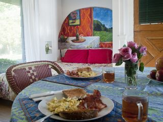Branford bungalow photo - Voila ! Murphy bed down and a romantic breakfast for two