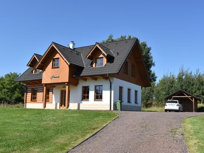 Detached holiday home with sauna in beautiful surroundings and with (shared) swimming pool