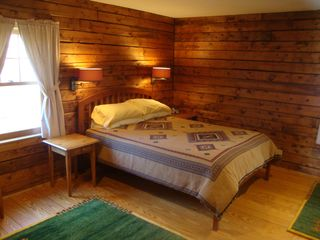 Bridgewater Corners cabin photo - Master bedroom with queen size bed