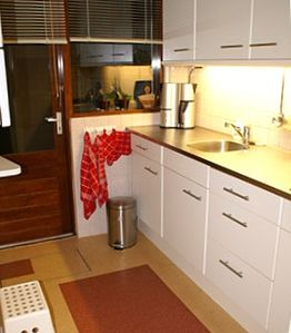 fully equipped modern built-in kitchen