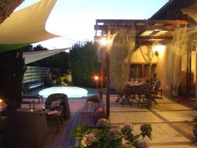 Accommodation near the beach, 140 square meters, with garden