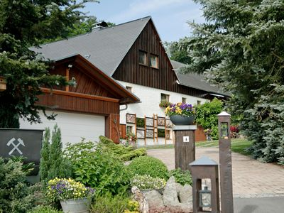 The house 'Waldblick' welcomes you to the ERZGEBIRGE!