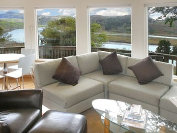 Jenner house rental - Bright with natural light, Views to River Valley,