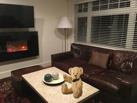 Enjoy this beautiful, comfortable and conveniently located Kitsilano home.