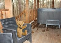 Relax in the huge hot tub or while grilling steaks on the patio. What a cabin!!