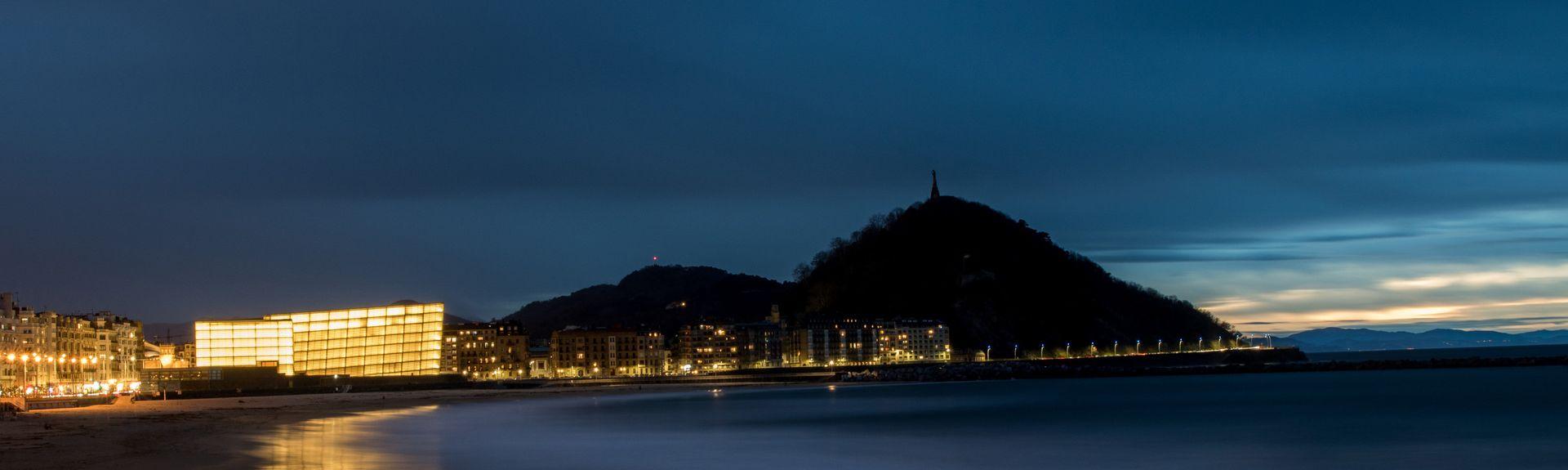 Strand von Zurriola, San Sebastián, Baskenland, Spanien